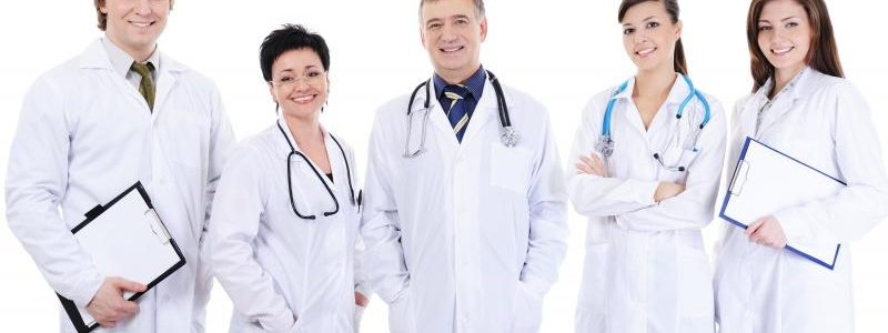 بیمه مسولیت پزشکی کمترین حق بیمه و بهترین تعهدات